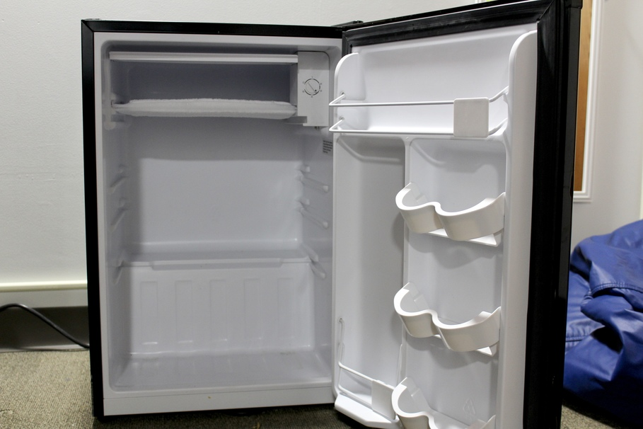 Refrigerator Tips for cleaning